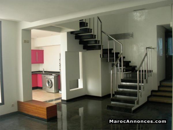 Duplex hyper moderne : Appartements [00h06 - 05-09-2018]