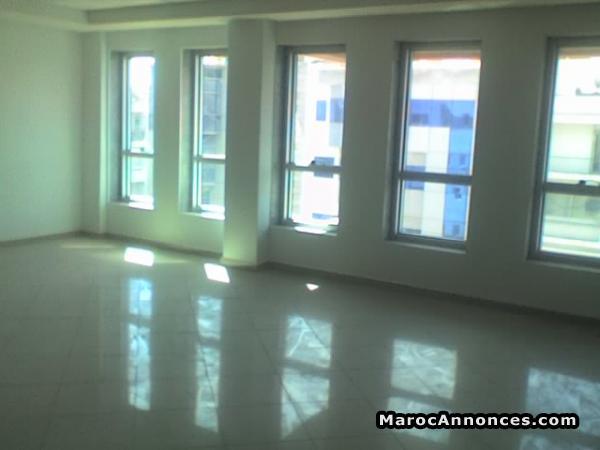 Plateau bureau open space a louer bureaux plateaux h